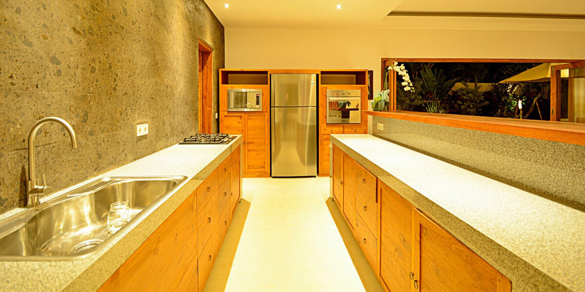 sanctuary-custom-wood-furniture-004-kitchen